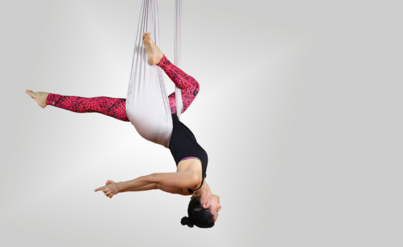 Aerial Flow Yoga Workshop am 9. Januar 2021, 11.00 – 13.00 Uhr