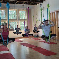 Aerial Flow Yoga Workshop am 11. November 2017 von 11.00 bis 13.00 Uhr.